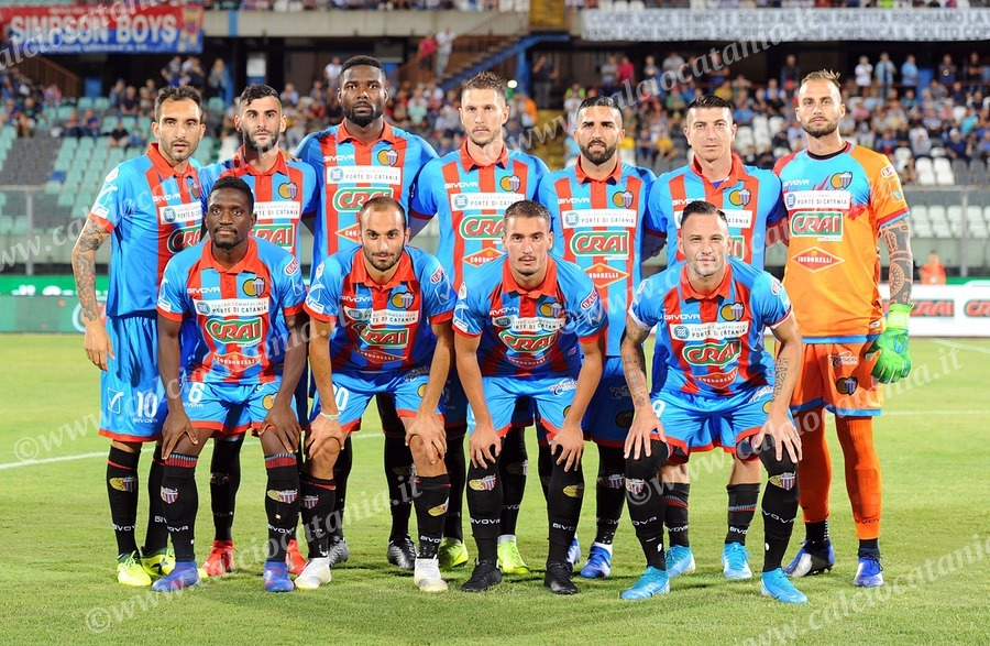https://www.mimmorapisarda.it/calciocatania1920/sqa1.jpg